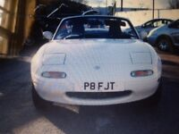Classic Sports Car 1997 Mk1 Mazda MX5 1.6 White Manual Convertible Pop-up Lights Wolfrace Alloys