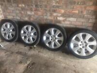 Vauxhall 5 Stud Vectra C 17 Inch Elite Alloys With Good Tyres