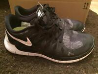 Nike Free Runs 5.0 size 5