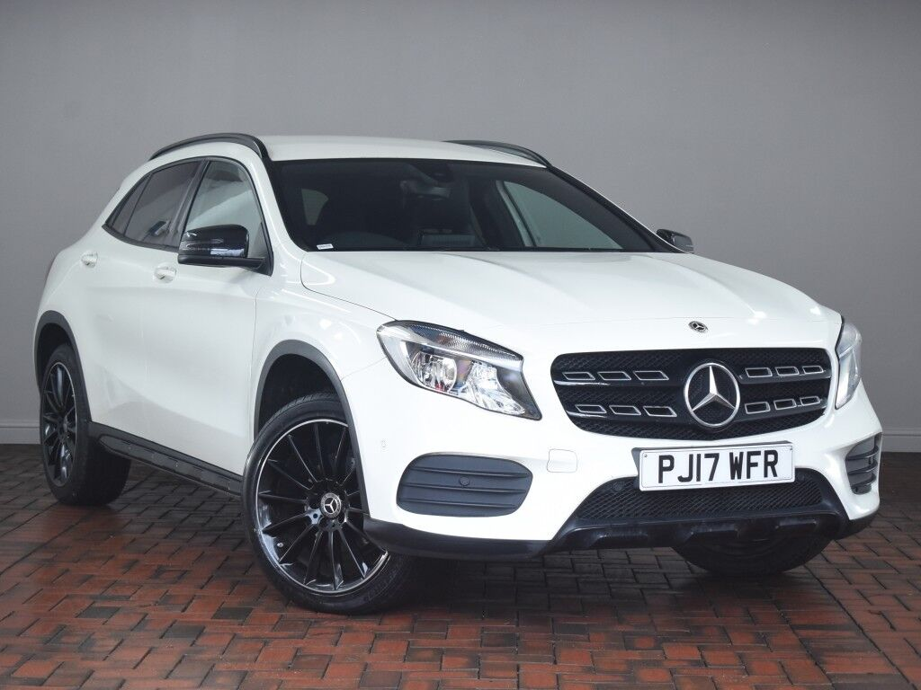 mercedes benz gla class gla 200 amg line executive 5dr white 2017 in winsford cheshire. Black Bedroom Furniture Sets. Home Design Ideas