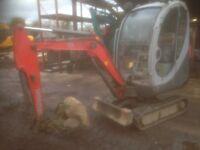 Neuson 1.8 ton mini Excavator ,Full Cab,Expanding Tracks,2 speed tracking,New Tracks just Fitted