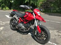 DUCATI HYPERMOTARD 796 red 803cc stunning low mileage hpi clear!!!