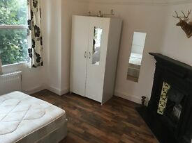3/4 double bedroom flat available now in tooting. Utility bills incl. muse see