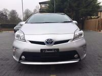 TOYOTA PRIUS 2015 ONLY 14000 WARRANTED MILES HALF LEATHER SEATS CRUISE CONTROL ELECTRIC DRIVER SEAT