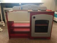 Children's wooden toy kitchen and accessories