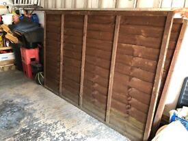 5 wooden fence panels