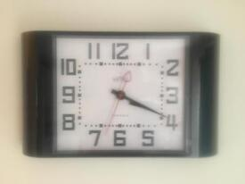 Metro Newgate Clock
