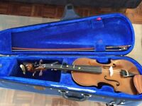 Full-size stentor violin with bow and case - excellent condition