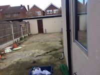 Lovely Single & Double Rooms are available in Forest gate including all bills