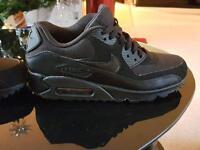 Nike air max trainers size 6