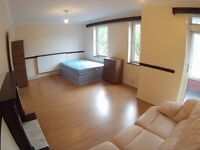 £220 Huge Triple room, whole house new, 4 bedroom flat, all bills included. Refurbished