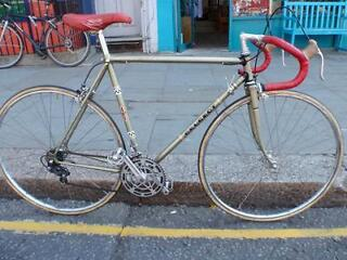 VINTAGE PEUGEOT 10 SPEED RACING/ROAD BIKE