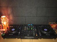 Pair Pioneer CDJ 1000 mk3