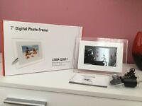 "Brand new 7"" Digital photo frame Libra QS651, Still in box!!"