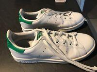 Stan Smith Adidas trainers size 4