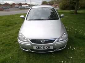 PEUGEOT 207 VERY CLEAN AND DRIVES WELL. WITH 12 MONTHS M.O.T.