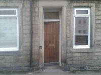 Leith 217 Easter Road 2 Bed 2 Bath main door fully renovated flat