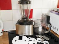 hot point multi chef,complete with attachments,good working order,clean,easy to use.bargain at £15.