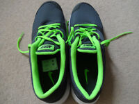 Nike Flex Experience Running Shoes - Trainers - Size UK 10.5 - EU 45.5