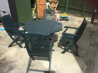 Garden table and 4 chairs Real wood