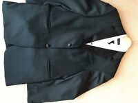 Mens Dinner Suit ( DJ ) and matching shirt 42L (reduced price)