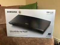 SAMSUNG UBD-M7500/XU Smart 4K Ultra HD Blu-ray Player with 4K Ultra HD Upscaling Technology