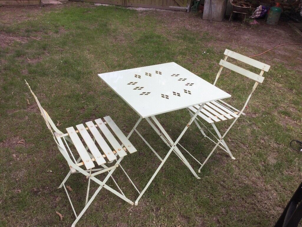 Vintage Reclaimed Metal Bistro Folding Table Two Matching Chairs