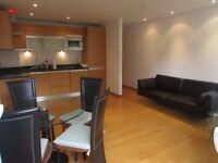 TOP FLOOR 1 BED APARTMENT WITH BALCONY OFFERED FURNISHED ISLE OF DOGS CANARY WHARF E14 HELION