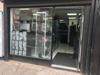 new referb shop to let long lease fitted cctv amd alarm fitted onsite parking No agents