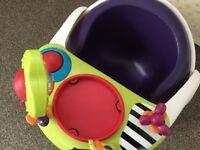 Mamas & Papas baby snug Seat with play tray as new