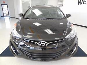 2013 Hyundai Elantra Coupe GLS MAGS/TOIT OUVRANT 47$/semaine West Island Greater Montréal image 2