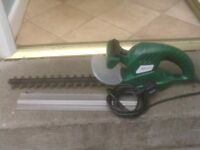 HEDGE TRIMMERS ELETRIC £20