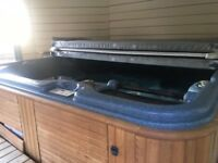 6 Seater Canadian Spa Hot Tub