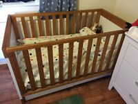 Cotbed with removeable side cot bed