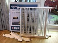 BABYDAN CONFIGURE XXL ROOM DIVIDER WITH EXTRA SECTION. 90-420CM. AS NEW. GLASGOW G46