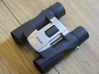Nikon Aculon A30 Compact Binoculars 10 x 25 with Carry / Storage Case - Excellent Condition