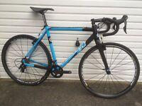Kinesis CX Race Cyclocross bike 57cm Black Carbon Fork