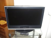 "Panasonic 32"" TV Model no. TX-32LXD70"
