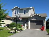 3 BD IN SOUGHT AFTER GREENWOOD PARK! 798 Lotus Ave