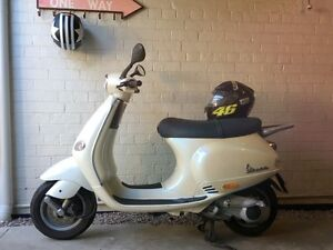 2000 VESPA Piaggio ET4 125 For Sale Granville Parramatta Area Preview