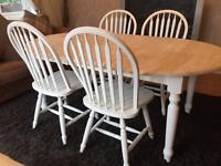 Lovely Extending Shabby Chic Chunky Farmhouse Pine Table and 4 Chairs