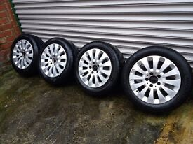 Mercedes alloys wheels 16' with good tyres