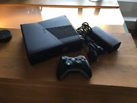 Xbox 360 - 250GB - One controller