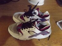 Nike Air Trainers Size 5. Hardly worn.