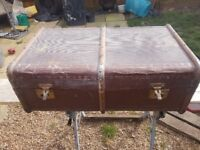 Vintage Travel Trunk Steamer Chest Coffee Table Cabin Storage Banded Trunk