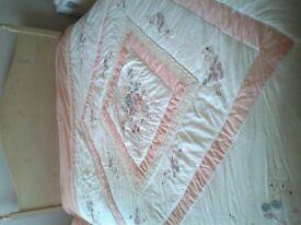 Bedspread Kingsize £6