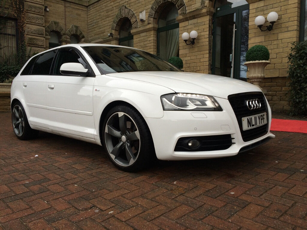 11 plate audi a3 sportback black edition 2 0 tdi 170 5dr diesel white manual in bradford west. Black Bedroom Furniture Sets. Home Design Ideas