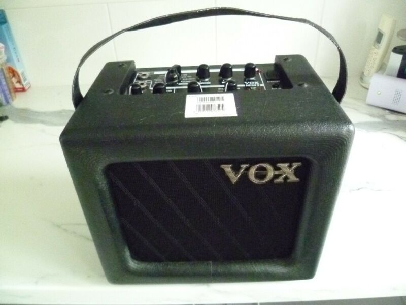 Used, Vox Mini3 Mains/Battery Amplifier for sale  Bridgwater, Somerset