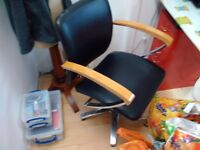 1X Barbers Chair and 2 x Hairdresser stools and for hair salon or beauticians