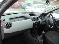 Dacia Duster LAUREATE DCI (white) 2014-12-24